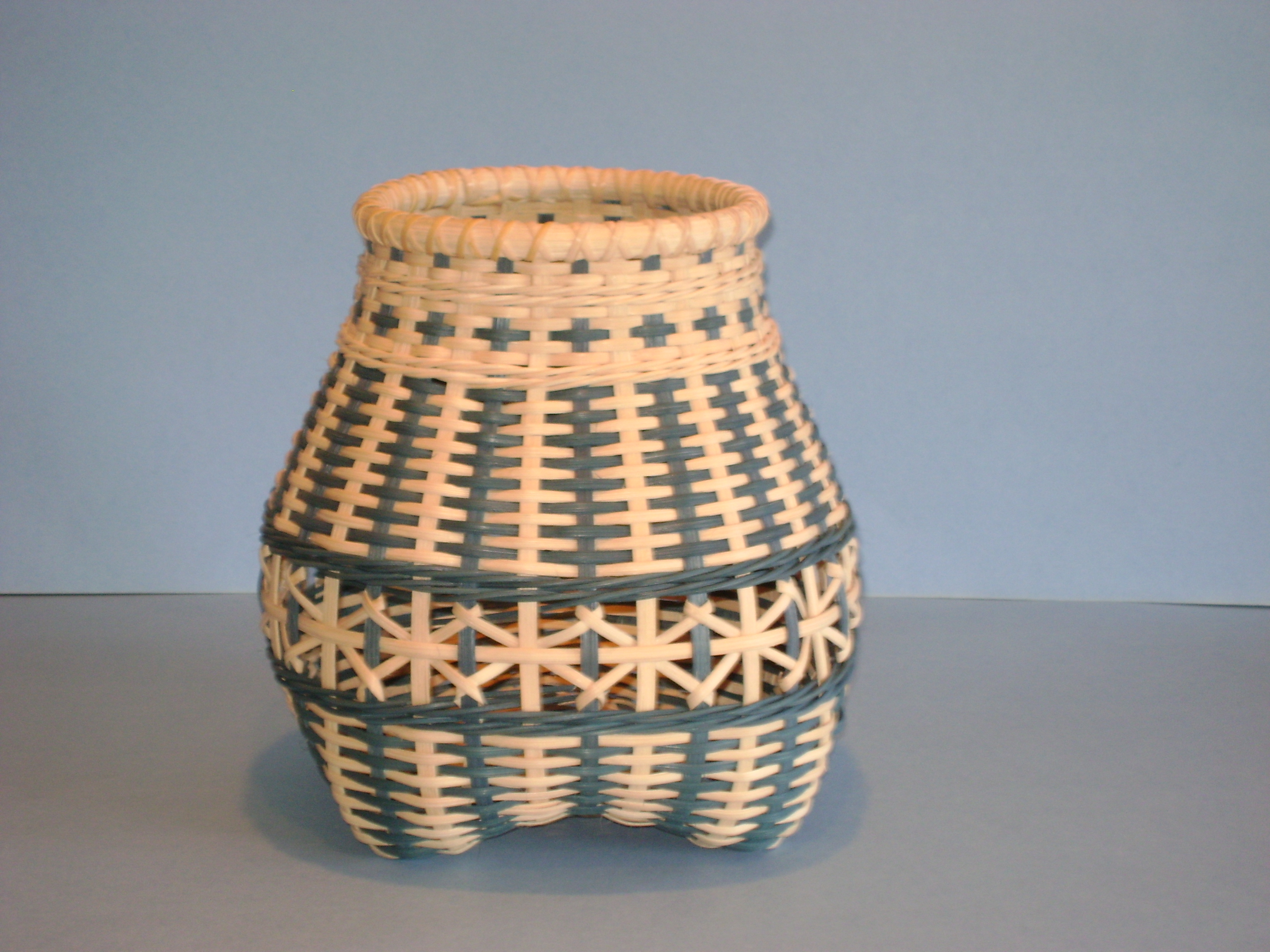How To Weave A Cat Basket : Ideas about basket weave braid on braids